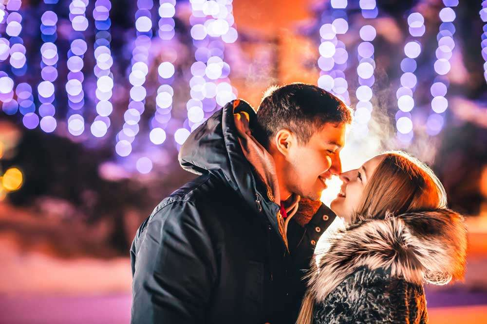 6 Ways to Keep Your Partner Your Priority During The Holiday Season